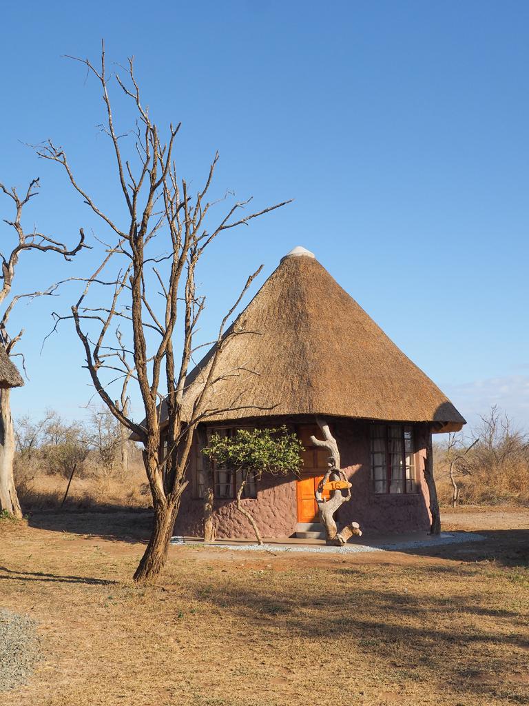lodges roundavel house form